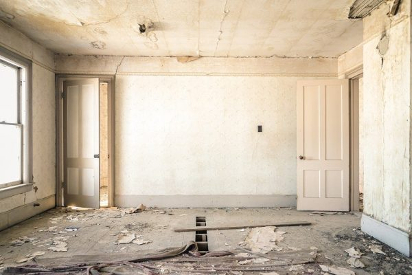 Common problems to look for when buying a new old home