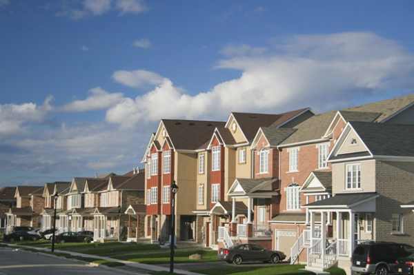 buying a home traditional or modern route