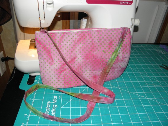 handbag, purse, pocketbook, totebag, batik, handmade