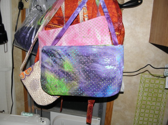 handbag, purse, pocketbook, hand made, sewing, quilting