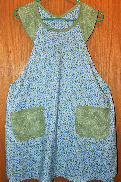 13 For 10: Handmade Reversible Apron #2