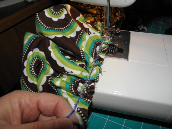sewing a ruffle
