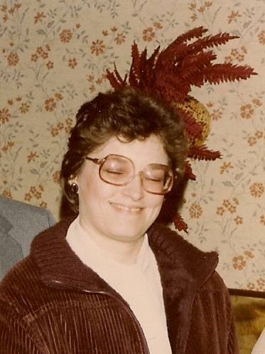 huge eyeglasses in 1984