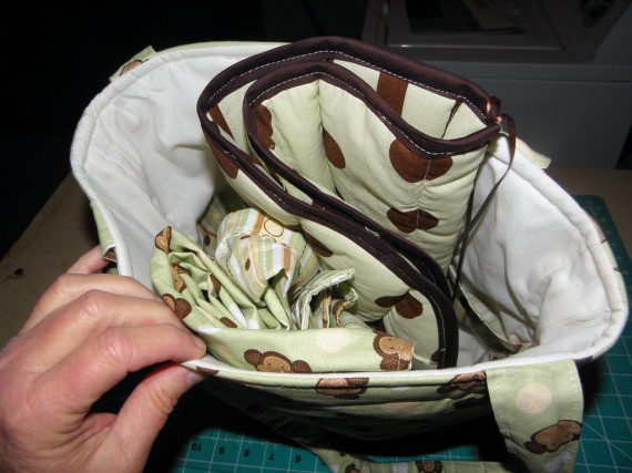 diaper bag with lots of pockets