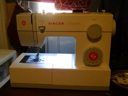 The New Sewing Machine FabGrandma Enchanting Singer 5523 Scholastic Sewing Machine Amazon