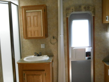 20 back door, folding door, bathroom sink