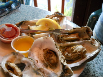 Polly's steamed oysters