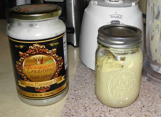 Making my own mayonaise with Tropical Traditions Coconut Oil