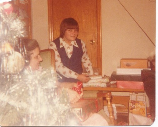 Mama's Christmas tree in 1976. That's my sister, Linda and my mother, too.