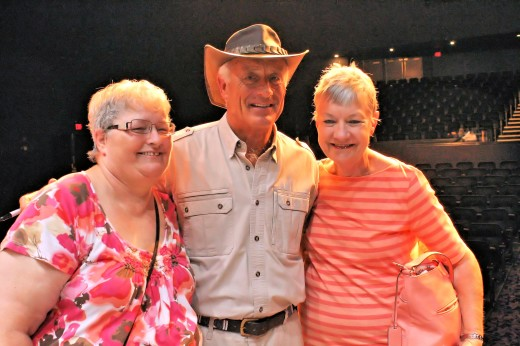 That's me on the left, Jack Hanna in the center, and Elaine on the right.