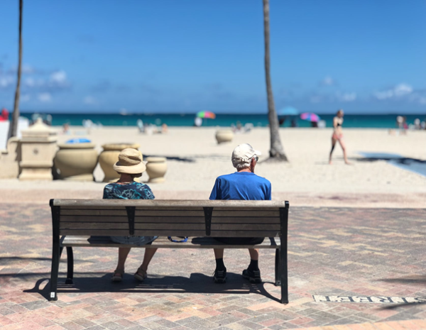 why so many people retire to Florida