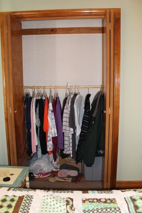 Lots of wasted space in the closet