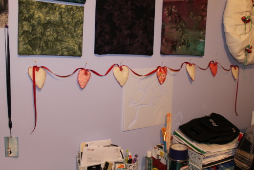 Valentine garland made from felt and fabric