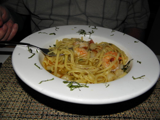 Pasta with Scallops and Shrimp with Saffron Broth