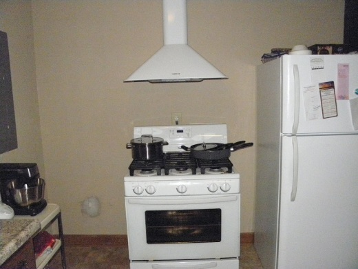 The new BROAN Elite RM50000 range hood worked great when I made home made vegetable soup today.