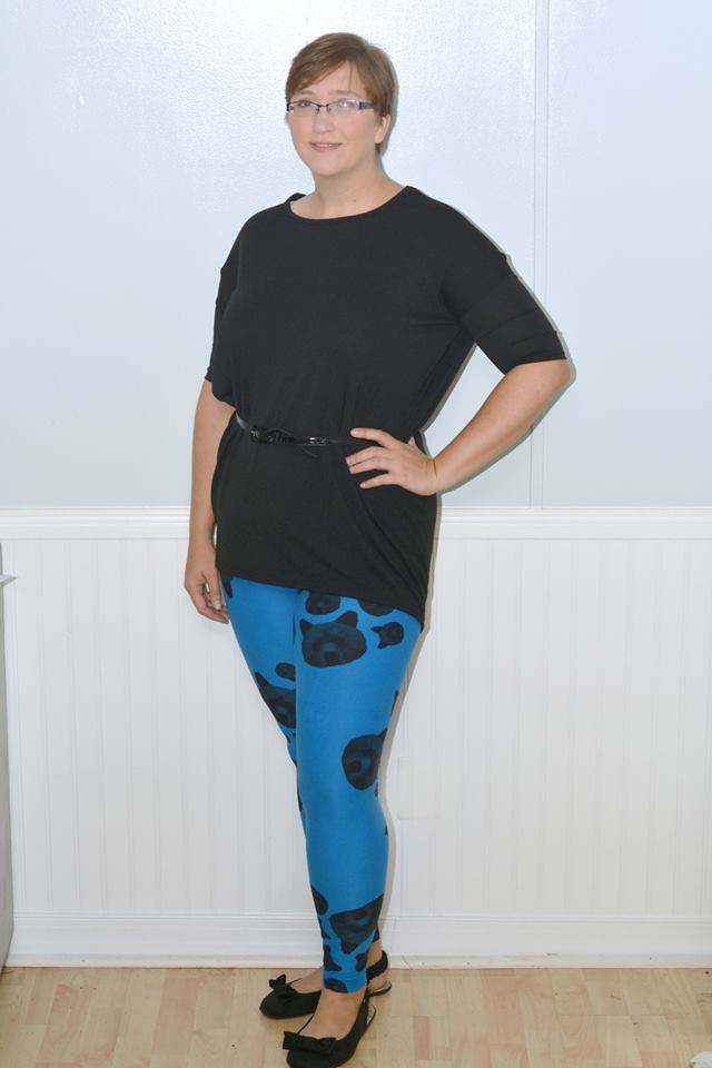 Kathleen wearing a solid Irma and printed leggings.
