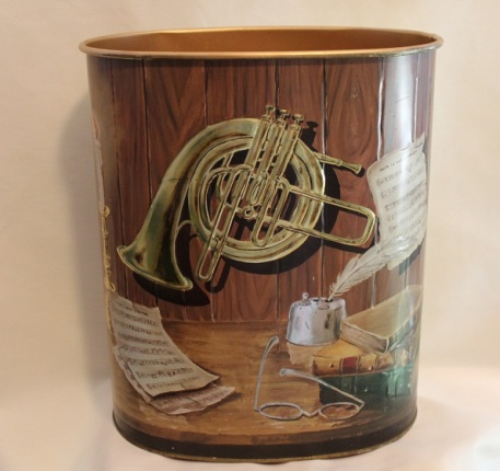 Metal trash can for my bedroom. CIrca maybe 1960's? My sister would like this because it has a french horn on it.