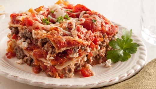 Skinny Lasagna with Red Gold Tomatoes and Laura's Lean Beef